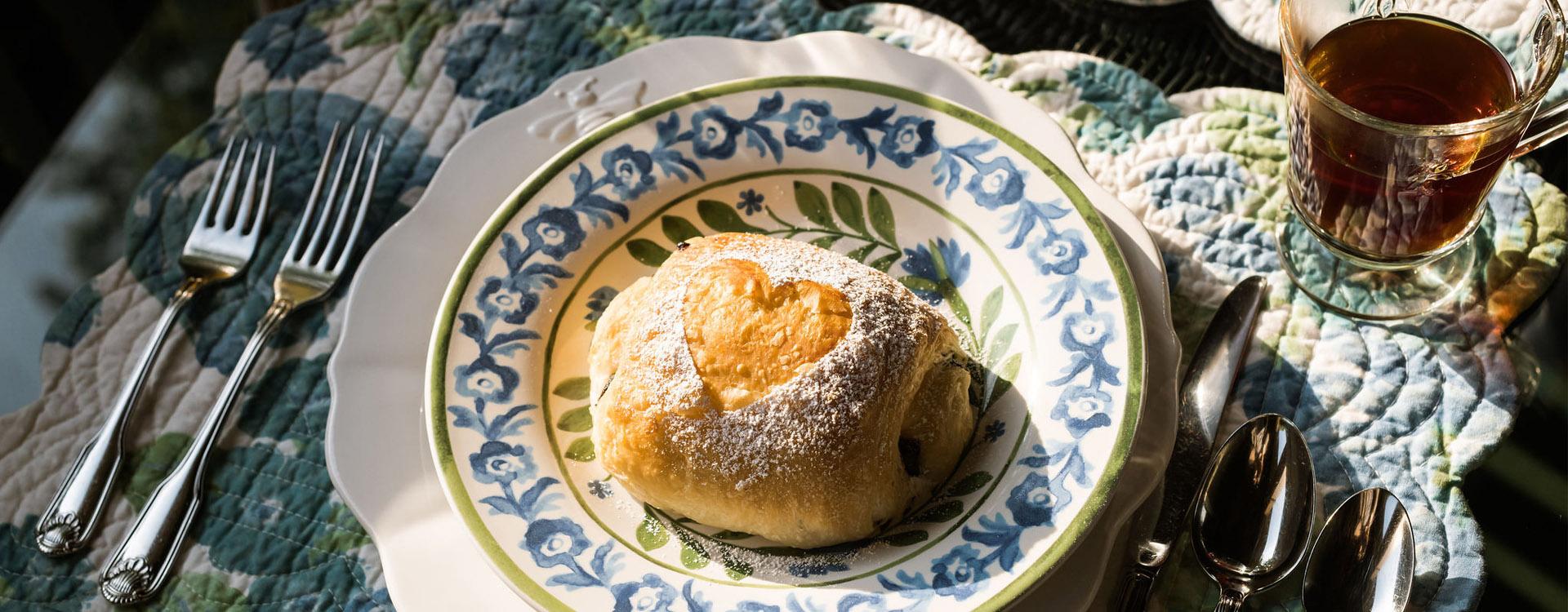 1900-inn-Montford-breakfast1